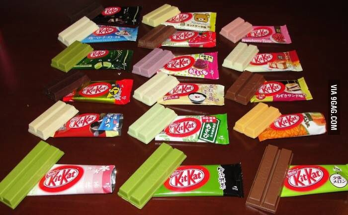 Different colour and favour of kitkat chocolate!!^^looking tasty!