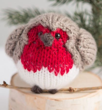 8b35865a2 Free Knitting Pattern for English Robin Toy - Free with free Creativebug  trial - Learn how to knit this adorable English robin bird toy