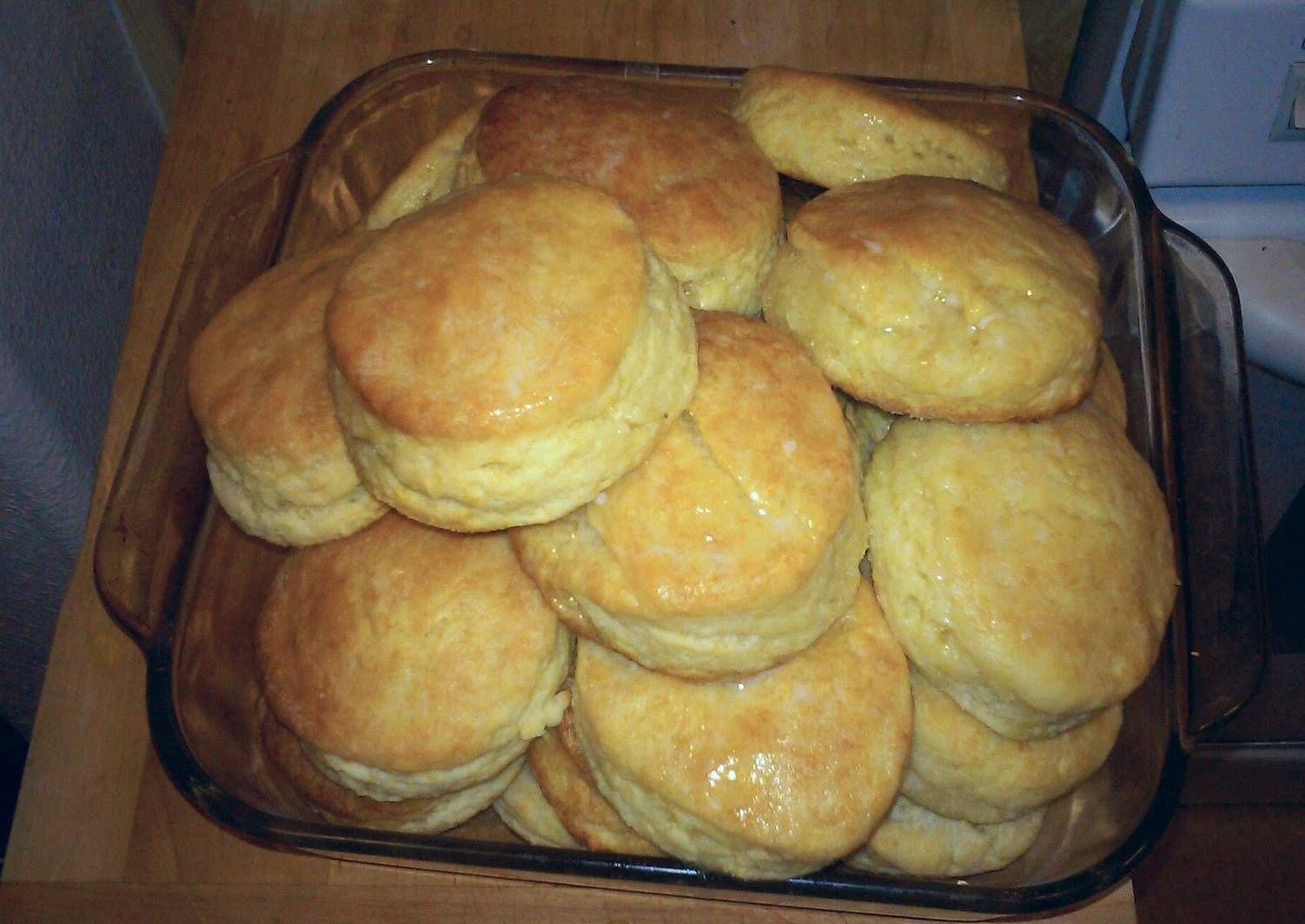 Popeye's Buttermilk Biscuits (copy cat Recipe Popeyes