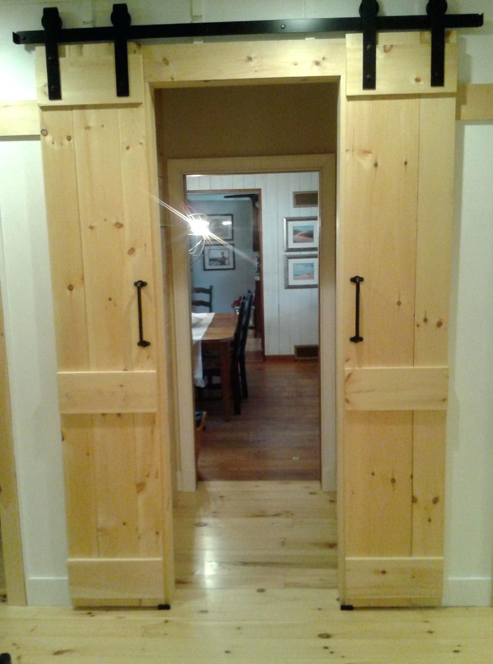 Closet Closet Barn Doors Double Closet Barn Doors Home Design Ideas Double Barn Door For Closet Doub Sliding Doors Interior Barn Doors Sliding Barn Door Closet