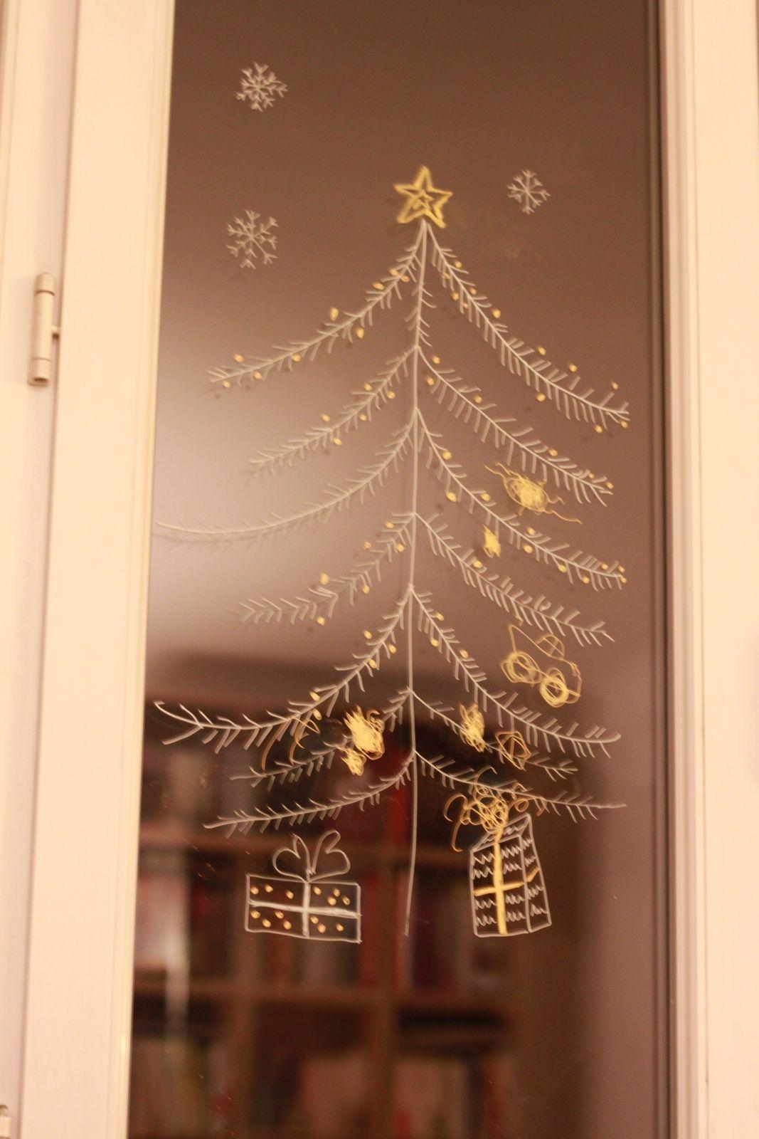 Dessins sur les fenêtres merci POSCA! Sapin Dessin, Dessin Fenetre, Deco  Fenetre Noel