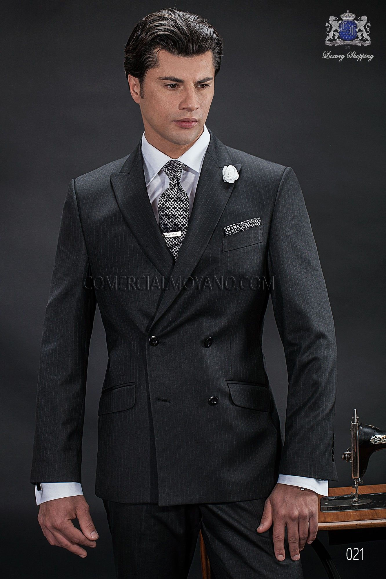 Italian bespoke double breasted suit, 6 buttons, in new ...