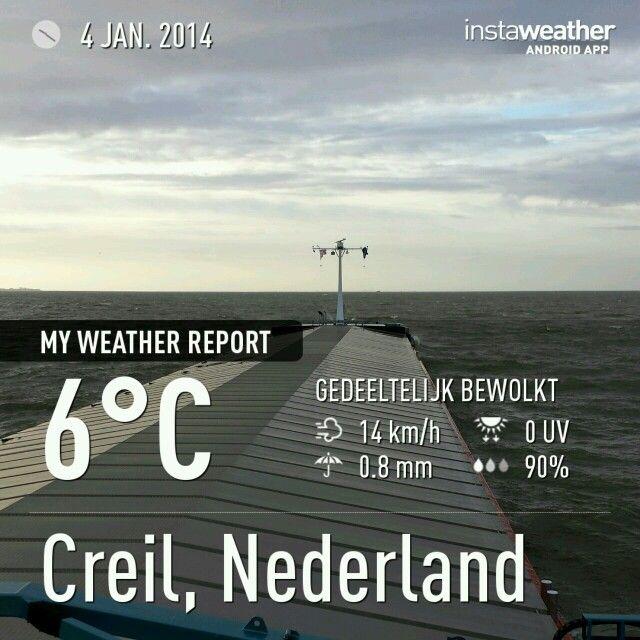 Ijsselmeer richting Amsterdam . Urk in de verte.