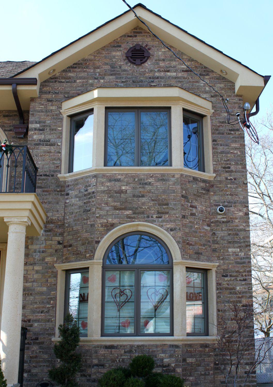 Cast Stone Window Trim Looks Amazing Over Cultured Stone Or Brick Finishes Stone Architecture Precast Concrete House Exterior