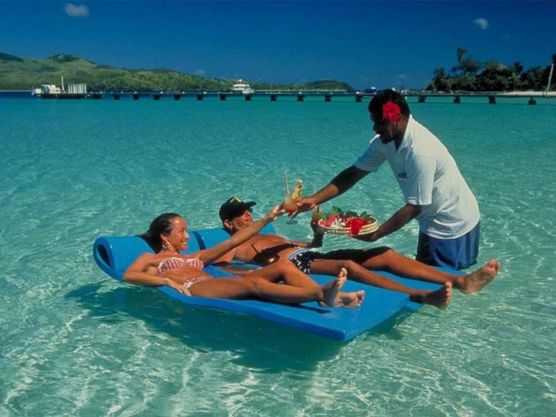 Месяцами мальчика, картинки отдых на море в турции смешные