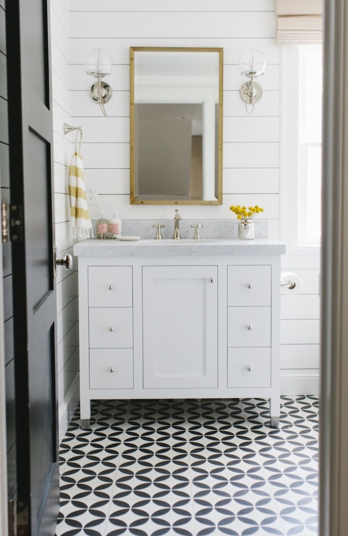 Pin by Jeanna porter on Bathroom design lovely and useful ...