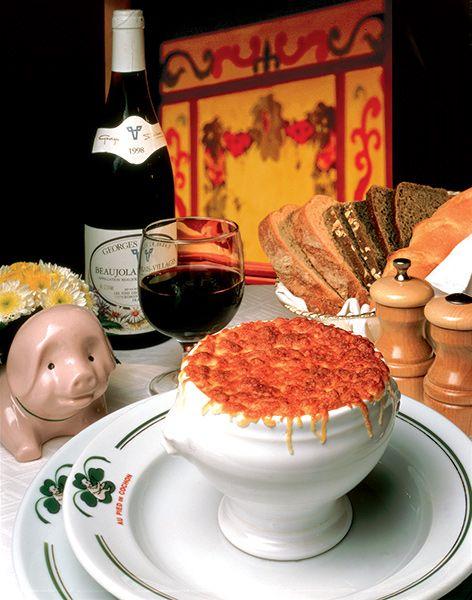 Sopa de cebolla au pied de cochon polanco for Comida francesa df