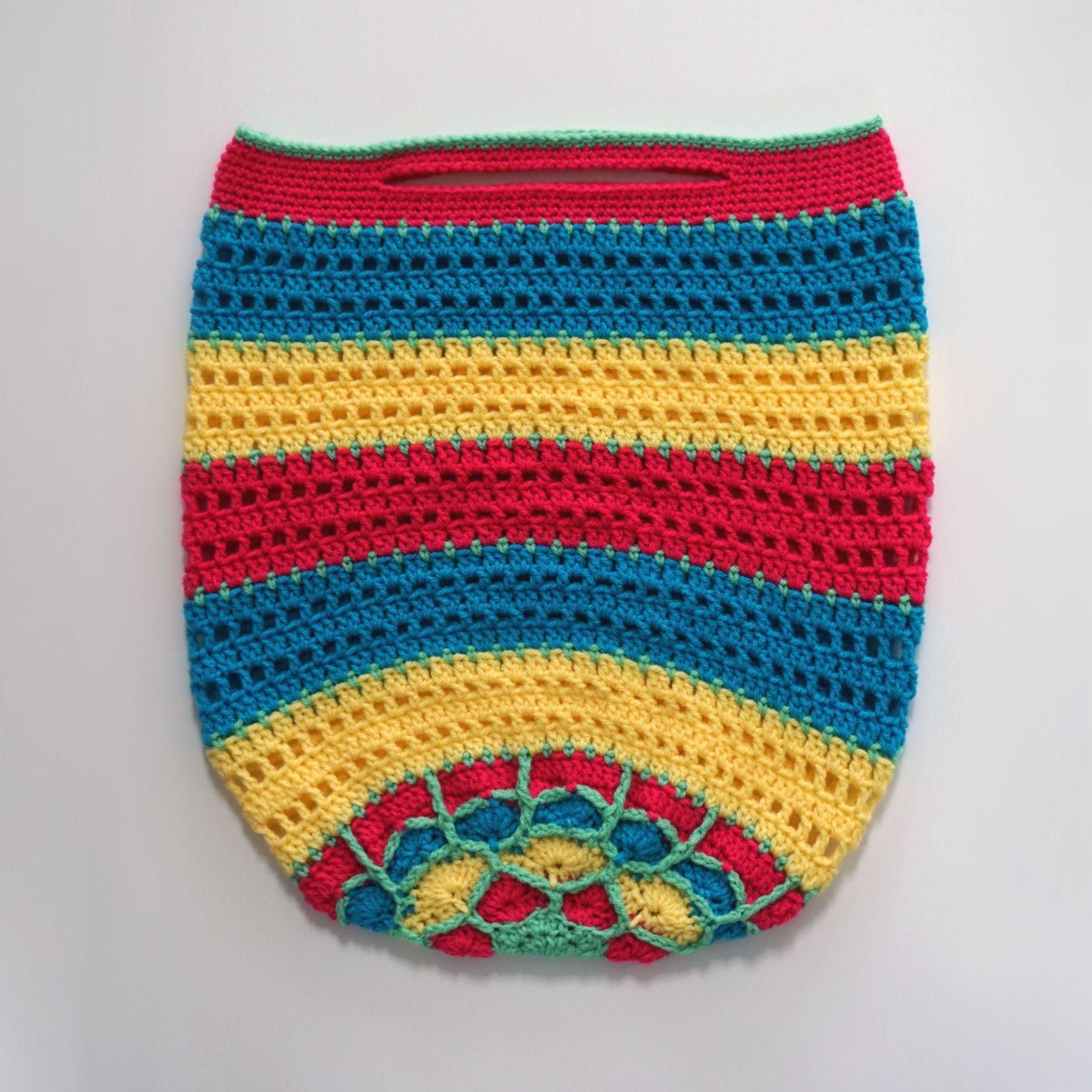 crochet beach bag | bags | Pinterest | Crocheted bags and Crochet