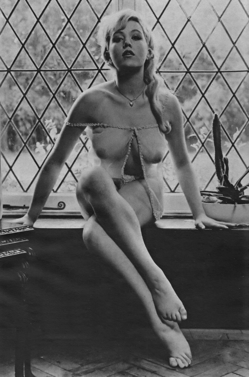 Margaret Colin Sexy