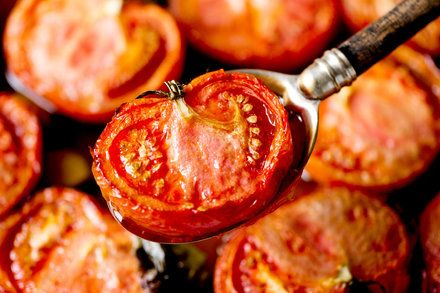 Winter Tomatoes Are Deliciously Out of Season - The New York Times