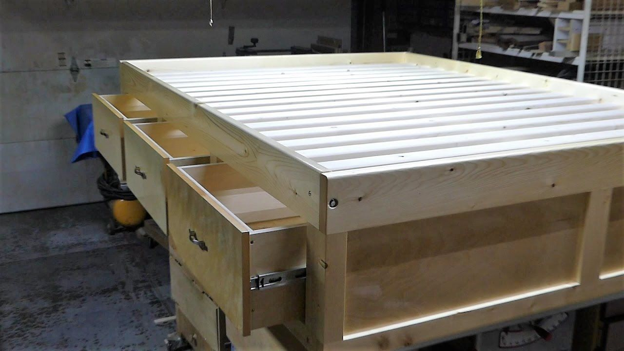 Make a queen size bed frame with 3 drawers Queen size
