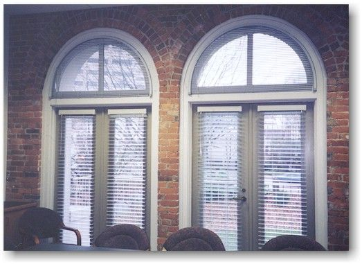 Levolor 1 Classic Riviera Blinds Can Be Used On Arched Windows Where Privacy And Light Control Need To Be Adjustable Blinds Mini Blinds Window Treatments