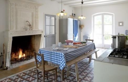 Ile de Ré  propriété d\u0027exception vue mer grande cuisine de style