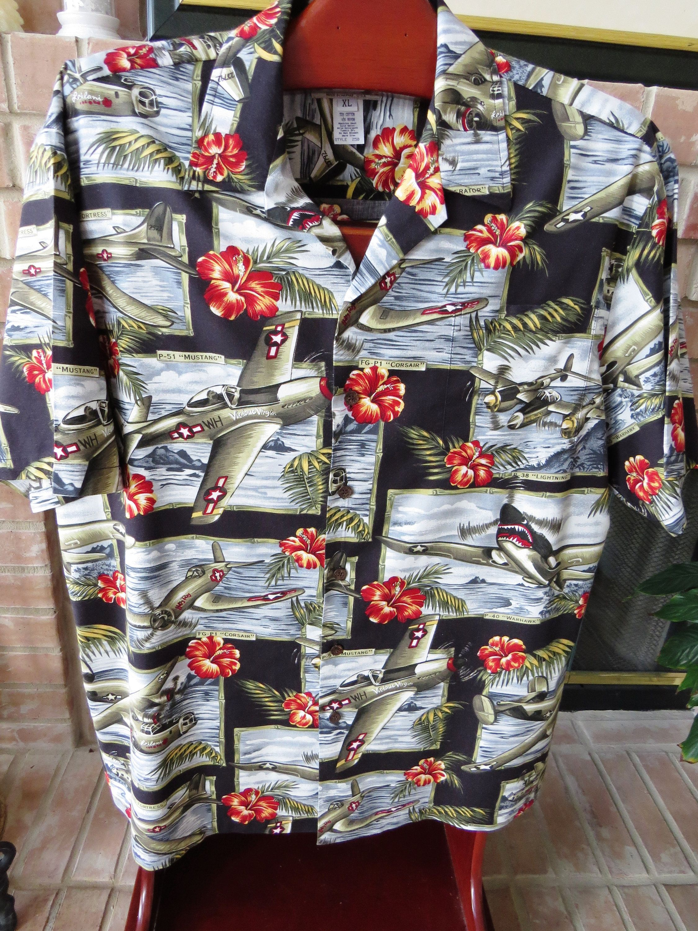 2aee0388 WW11 Bomber Planes Hawaiian Aloha Shirt by Kalaheo - Size XL - Made in  Hawaii -