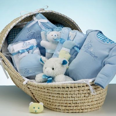 We've combined a premium quality moses basket with a beautiful ...