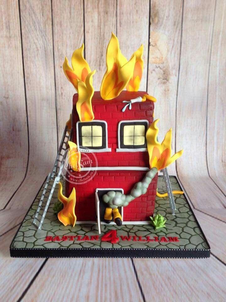fire station cake by chef sam feuerwehrm nner in 2019. Black Bedroom Furniture Sets. Home Design Ideas