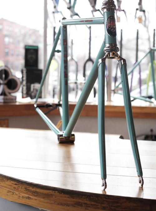 Classic Celeste Bianchi Pista frame. Yes please.