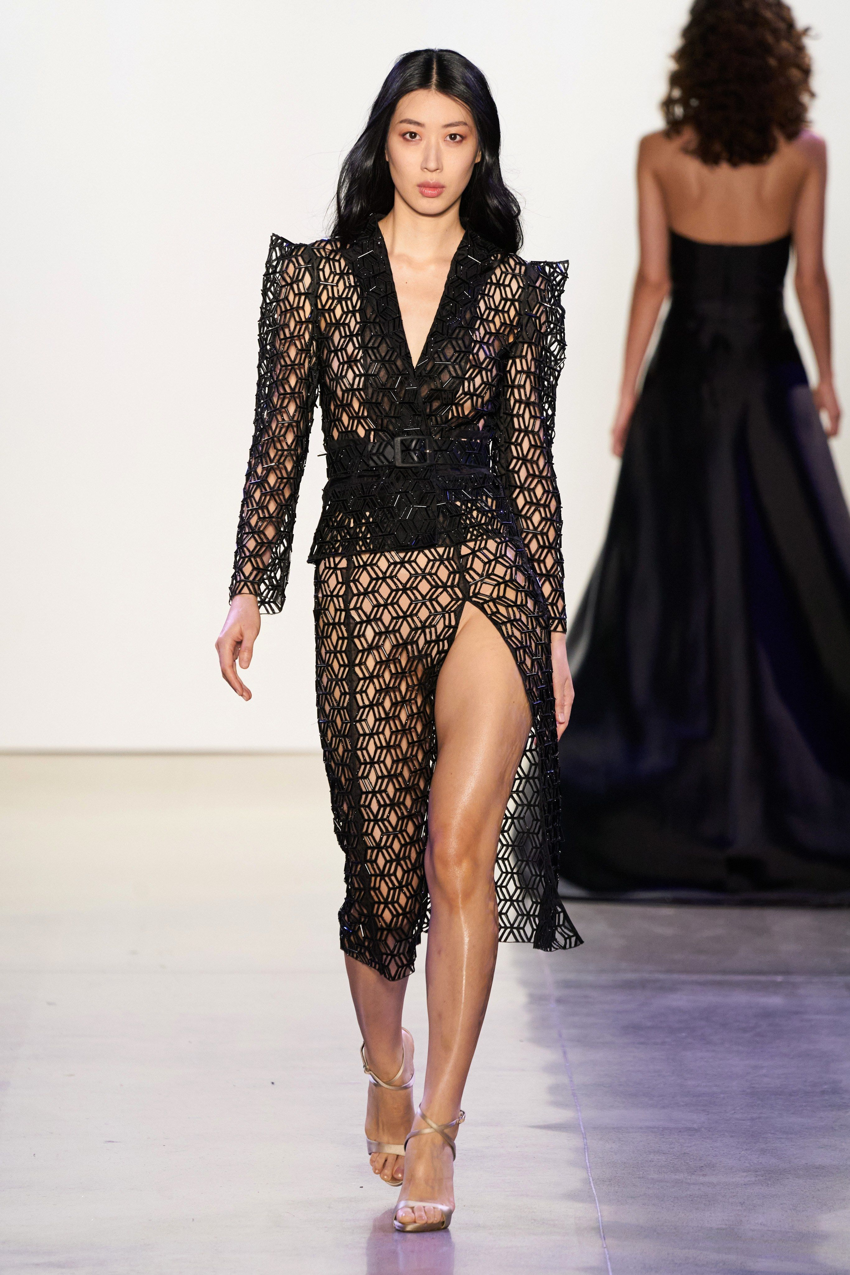 Tony Ward 2018   Fashion dresses, Fashion, Couture fashion