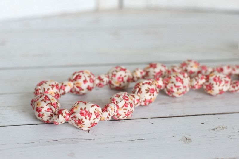 Teething Necklace - Allyson
