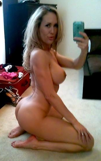 naked brandi selfies love