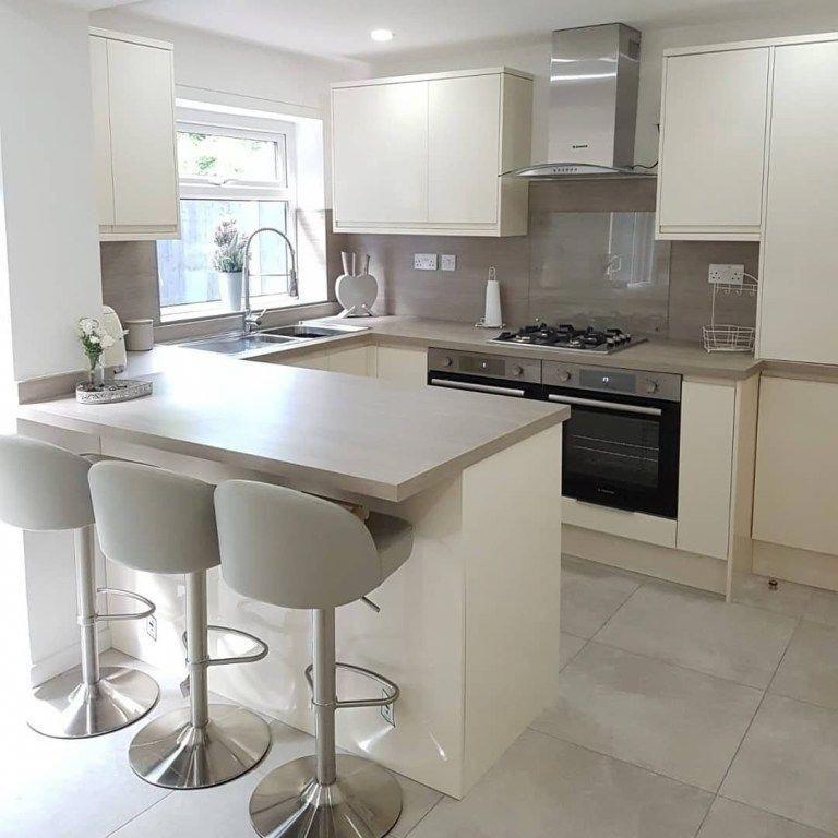 Best 15 Amazing Small Modern Kitchen Design Ideas In 2020 Small Modern Kitchens Small White Kitchens White Kitchen Design