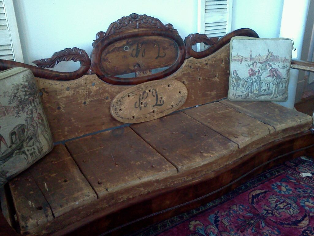 Love This Deconstructed Antique Settee All That Beautiful Wood Who Knew That Was Under All The Upholstery And Padd Antique Couch Wooden Couch Victorian Sofa