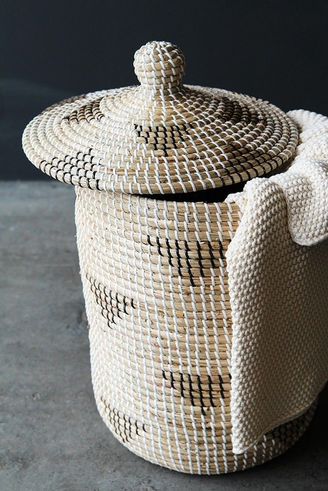 Wicker Washing Basket With Lid