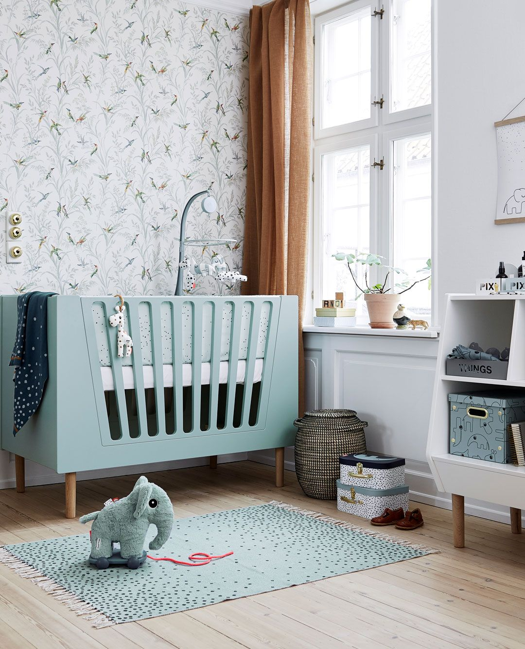 Minimalist Nursery Bedroom Furniture Design Ideas 5606: Set Up A Cozy And Inviting Nursery For Your Little One