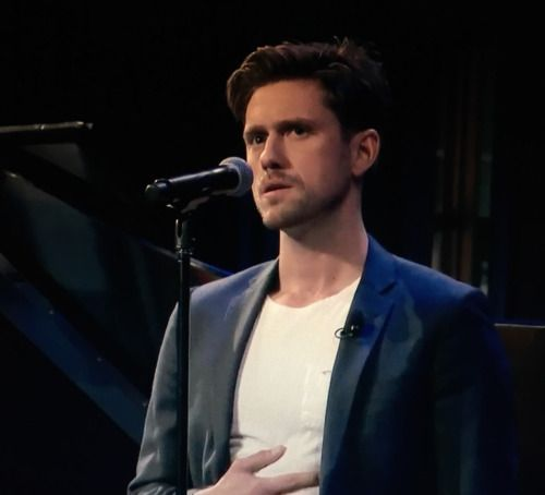 aaron tveit daily