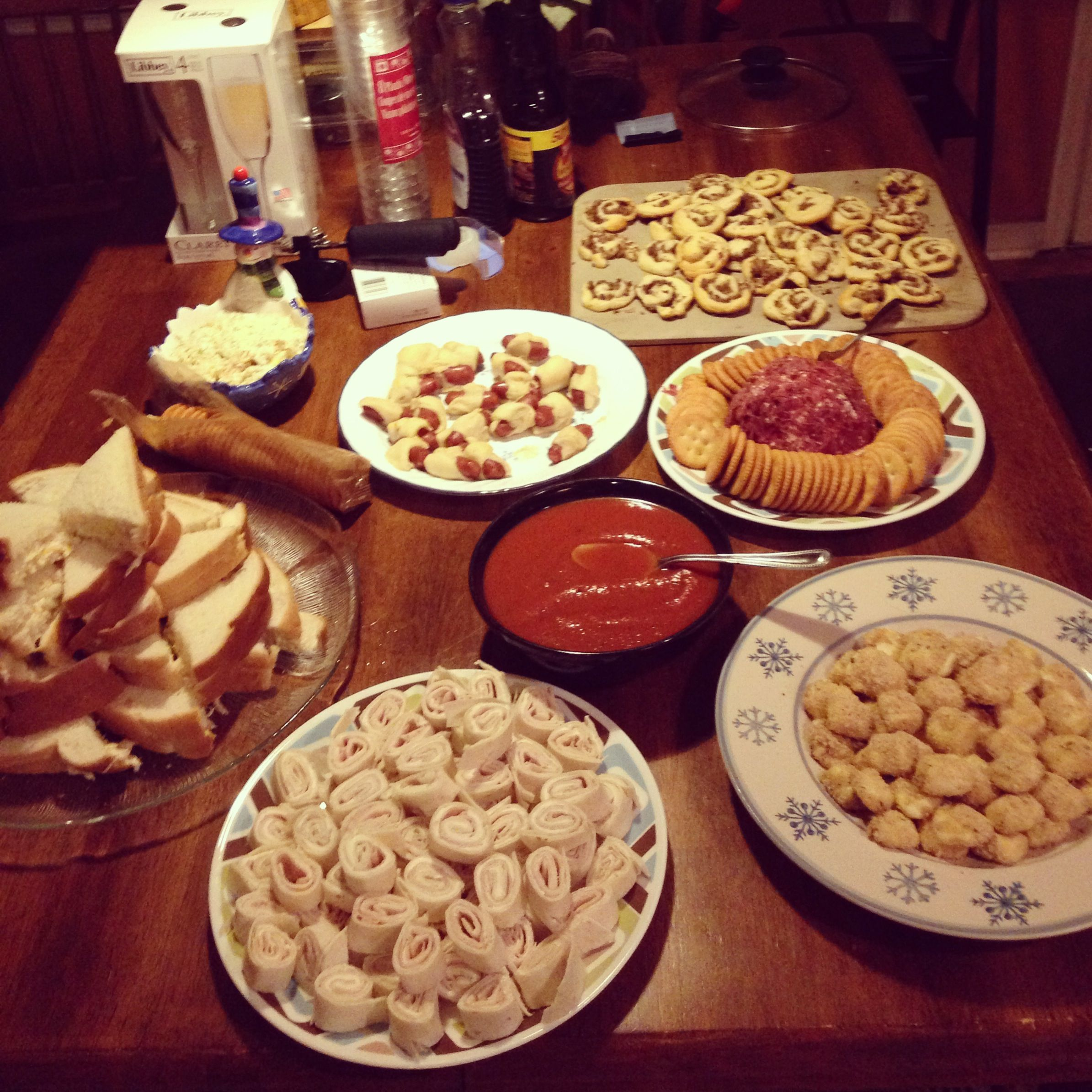 Easy New Years Eve finger foods. Takes about 20 minutes ...