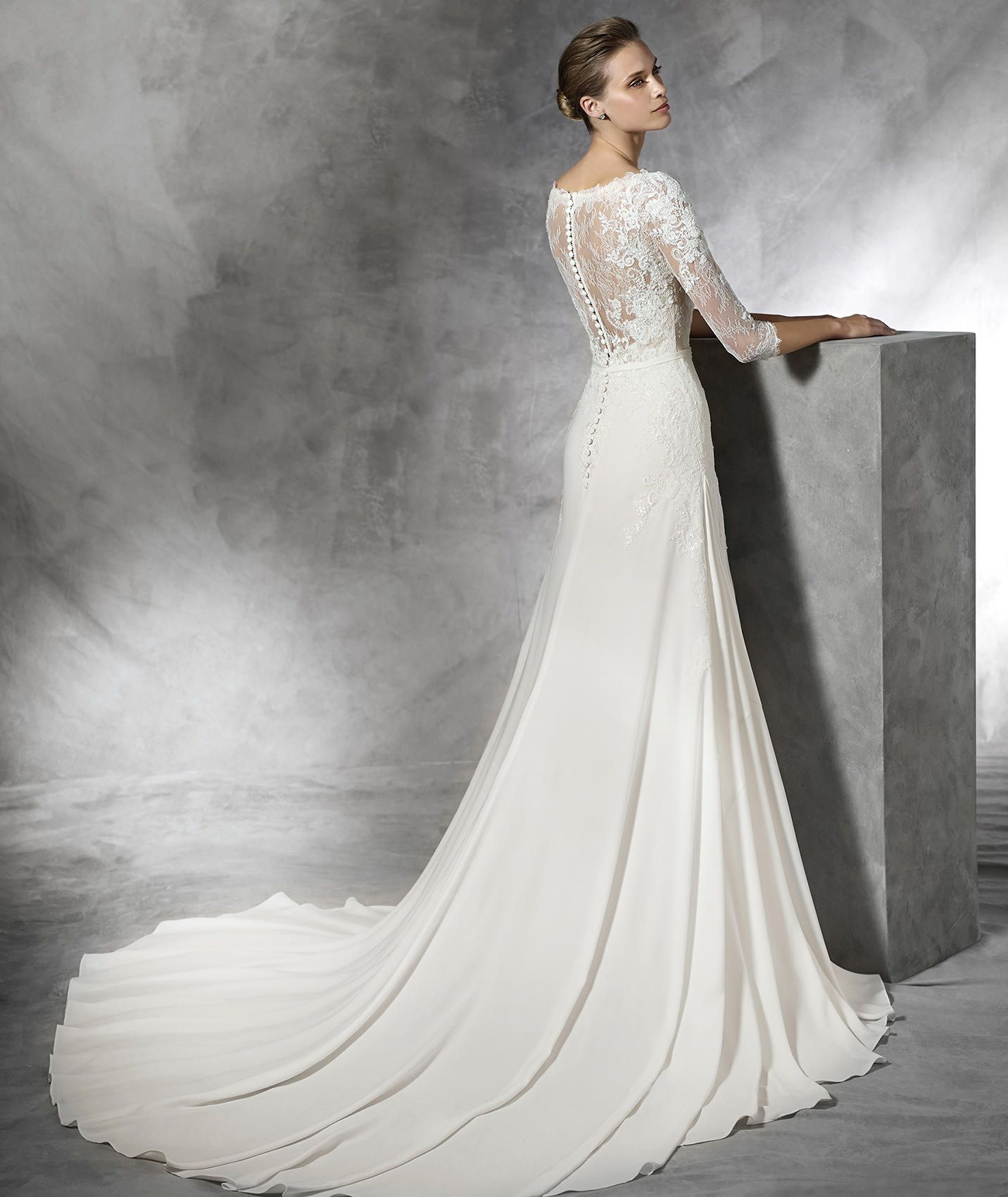 TANE colored wedding dress with lace Pronovias
