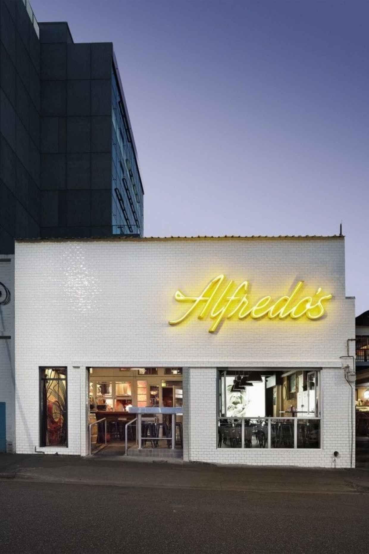Typography Inspiration 16 Restaurant signage, Exterior