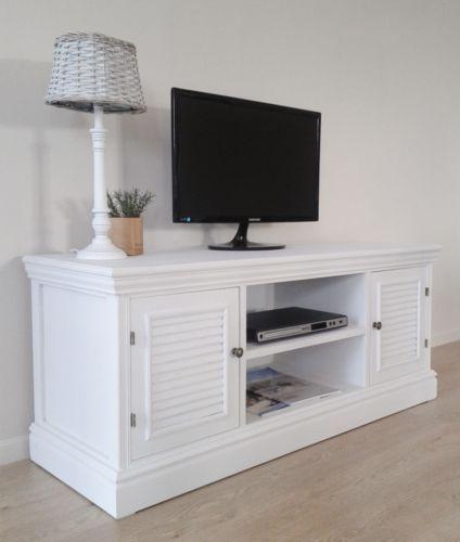 Rustikales Tv Board Lowboard Kampen Antikweiss Im Modernen