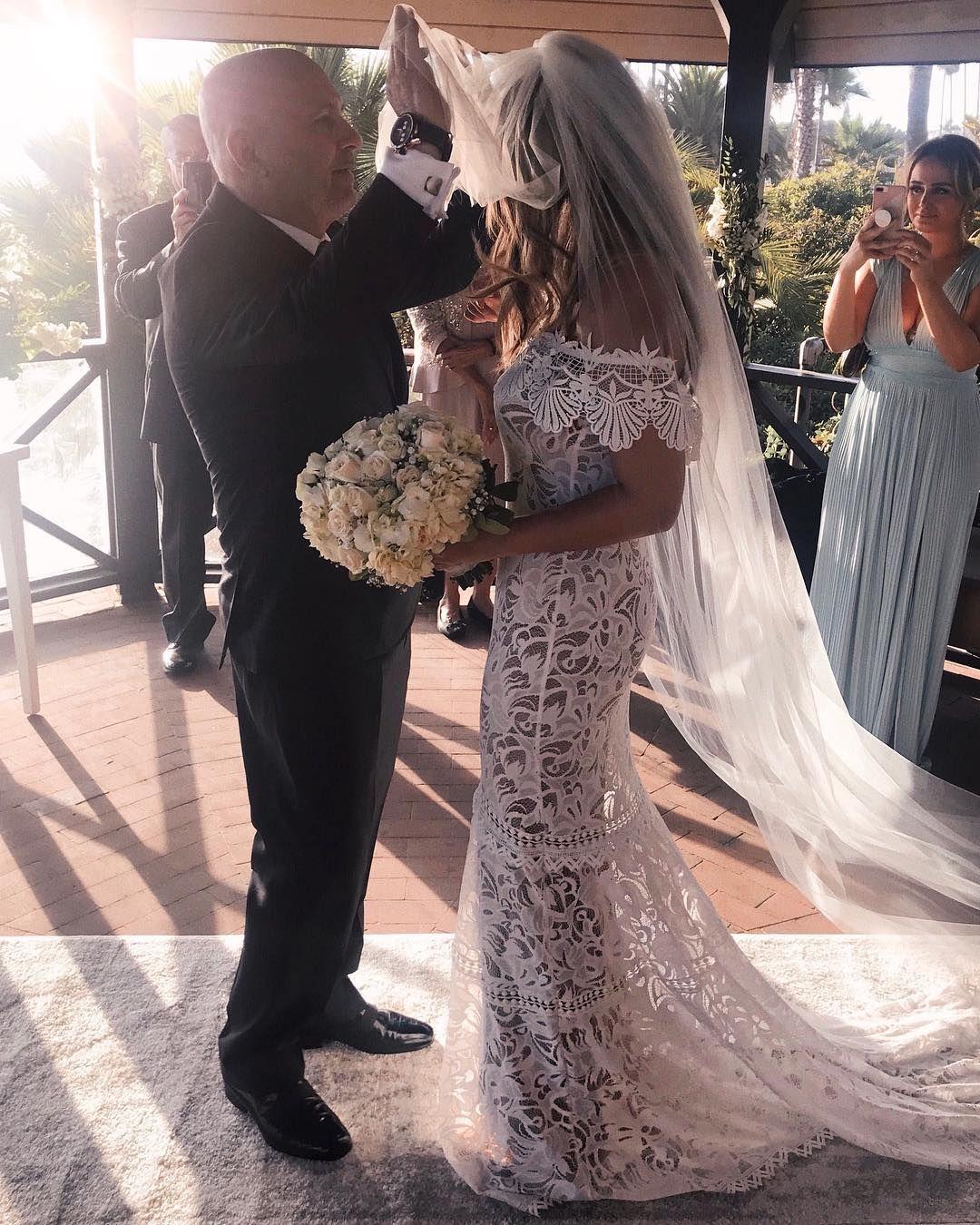 f8c7f89ccd4 LAGUNA BEACH WEDDING | @parmidakiani Wedding shoot, beach wedding, grace  loves lace,