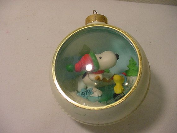 Snoopy And Woodstock Christmas Ornaments.Vintage 1979 Hallmark Snoopy And Woodstock Plastic Christmas