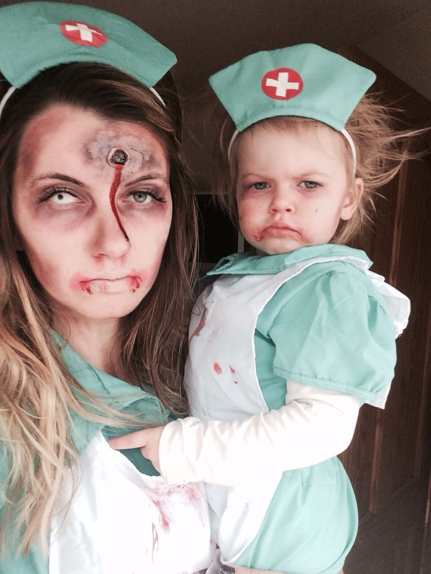 Halloween costumes for mother and daughter