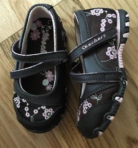 Skechers Toddler Girls Size 6 Sneaker Shoes Size 6 Mary Janes ...
