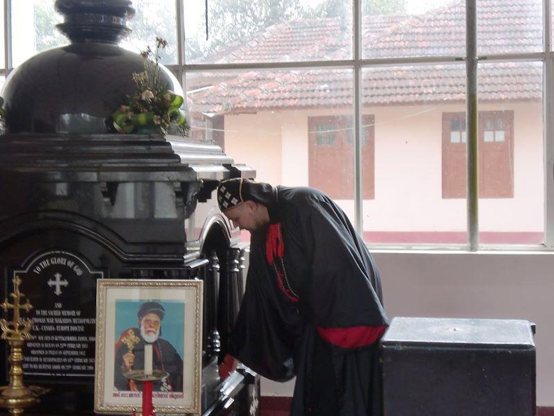 His Excellency, Hadrian Mar Elijah Bar Israel - visiting the tomb of His Eminence Thomas Mar Makarios at the Catholicate Aramana in Devakolam, Kerala, India in 2011.