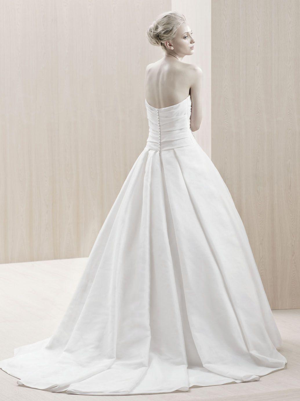 ELAZIG / Blue Collection / Enzoani / Available Colours : Ivory, White (back)