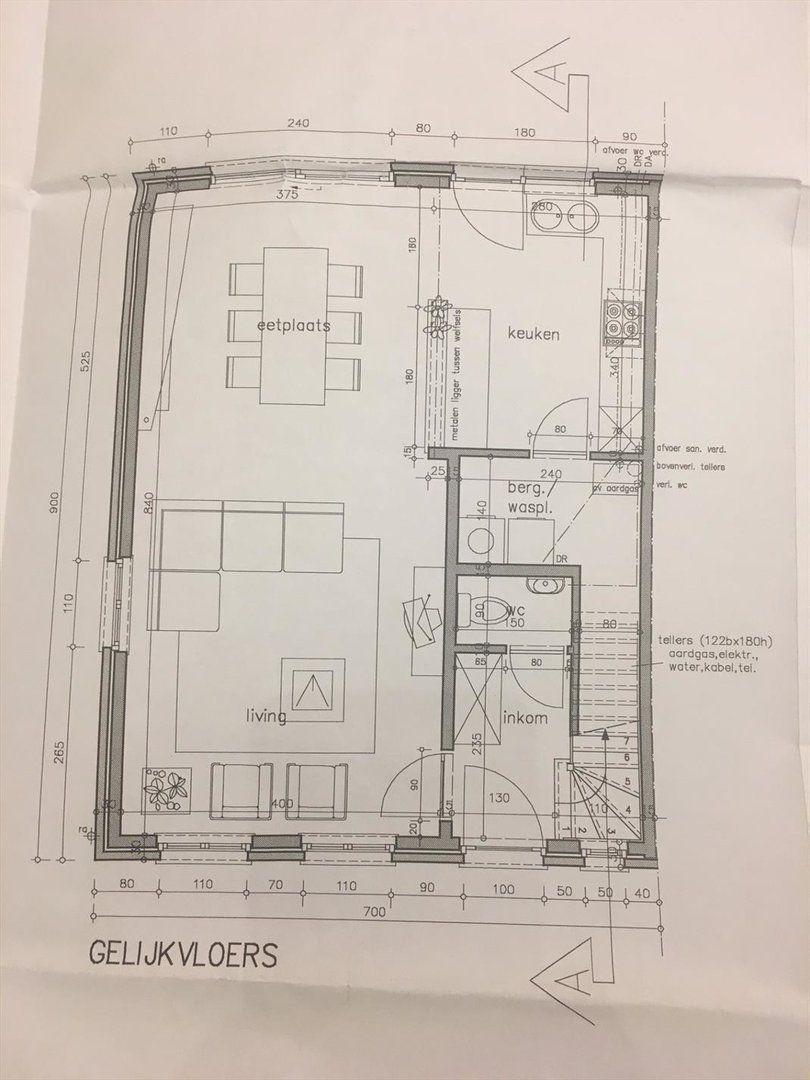 Welgelegen Recente Half Open Bebouwing Nabij Centrum