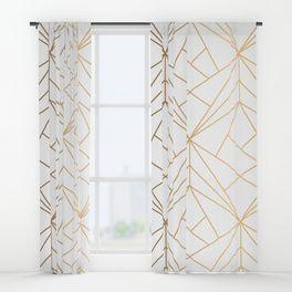 Geometric Gold Pattern With White Shimmer Window Curtains Camera Da Letto Oro Arredamento Salotto Idee Camera Da Letto Idee