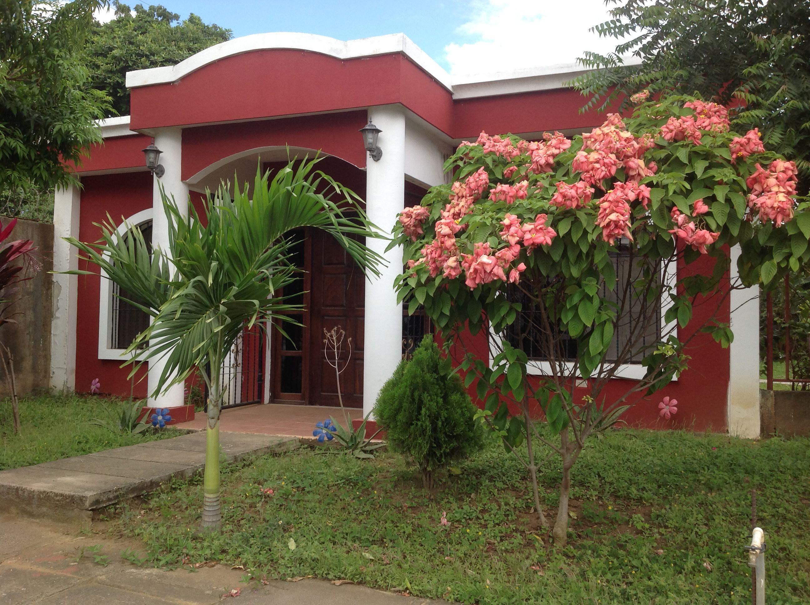 Venta de Casa Residencial Villa Carolina 2, Managua