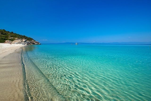 Διακοπές στη Χαλκιδική 6 ημέρες από 248 ευρώ/ανά άτομο  Η τιμή συμπεριλαμβάνει 5 διανυκτερεύσεις σε ξενοδοχείο της επιλογής σας με πρωινό!Για κρατήσεις επικοινωνήστε στο info@athensdirect.gr! http://ift.tt/2ulmenD