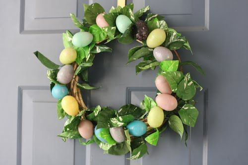 Easy Diy 4 Easter Wreath Tutorial Here Http Www Chic Steals Com