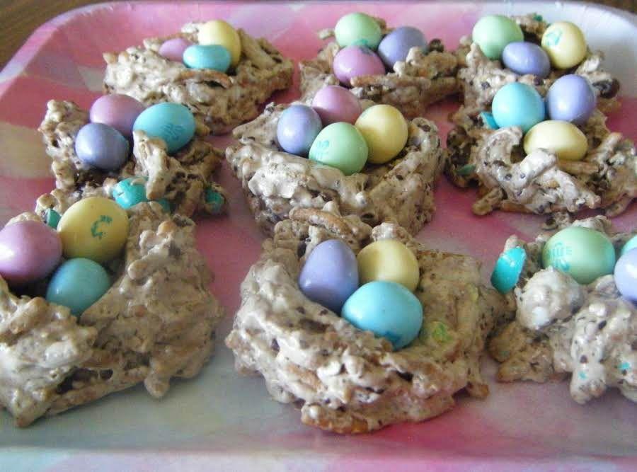 easter mm crispy bird nest's  recipe  easter crispy