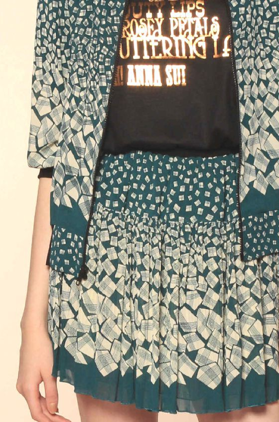 patternprints journal: PRINTS AND PATTERNS FROM PRE-SUMMER 2014 FASHION COLLECTIONS /   Anna Sui
