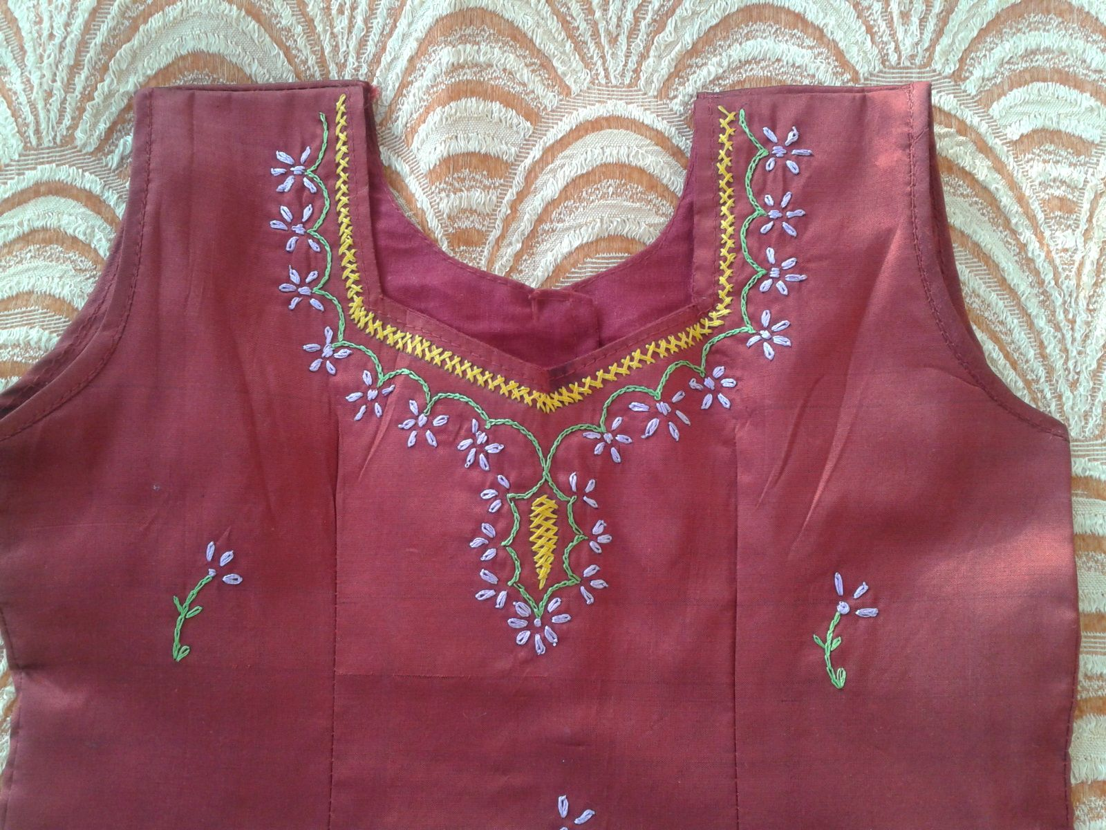 Simple hand embroidery designs for blouse imgkid