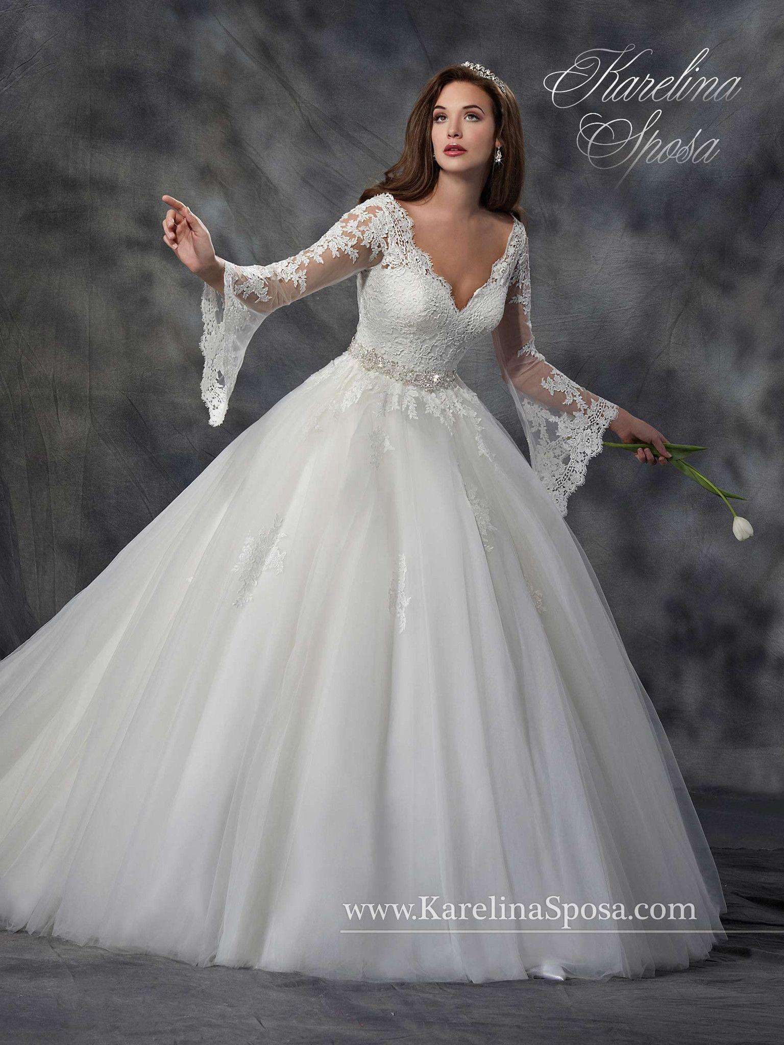 Description: Scallop V-neck bridal ball gown with detachable long ...