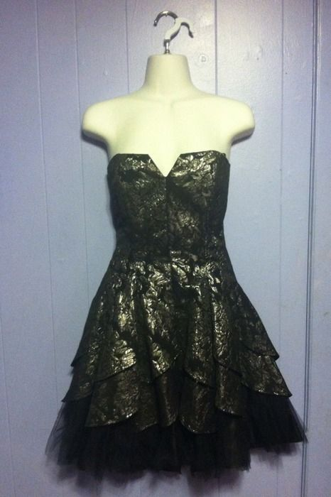 For The Glamour Punk Prom Rebel A Beautiful Strapless Formal Dress