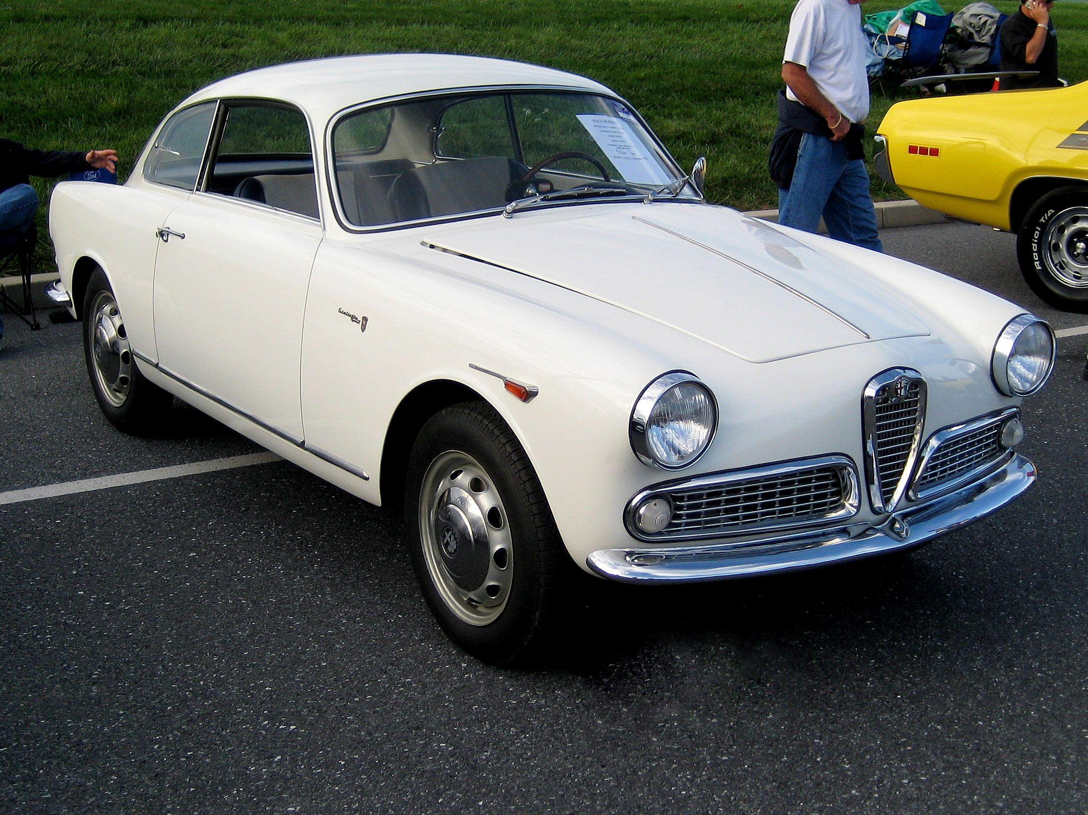 Alfa Romeo Giulietta Sprint 1,290 cc engine 80 hp (60 kW